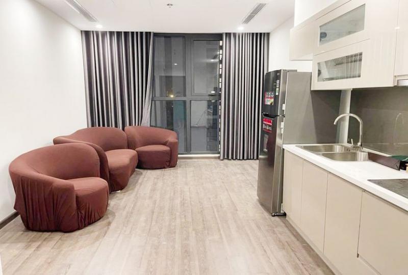 01 bedroom 01 bathroom apartment in Vinhomes Symphony to rent