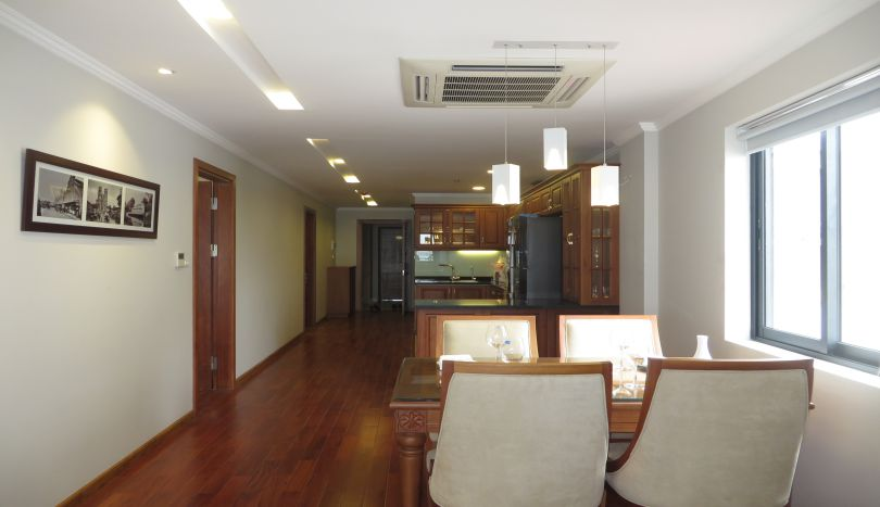02 bedroom apartment for rent in Tay Ho, furnished, lake view