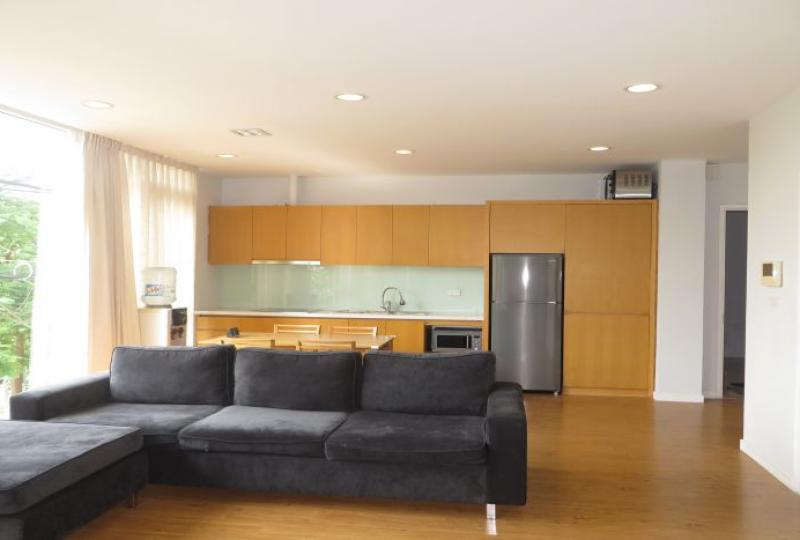02 bedroom serviced apartment for rent in Tay Ho, lake view