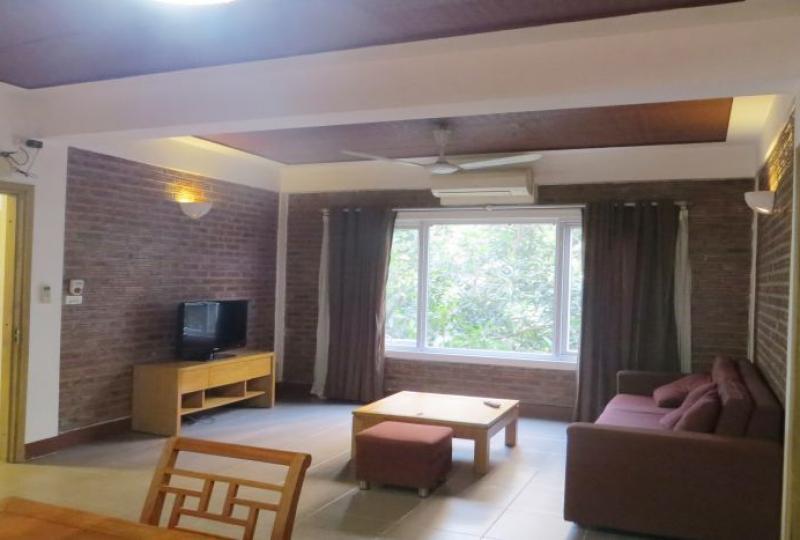 1 bedroom apartment in Tay Ho to rent, shower en-suite room