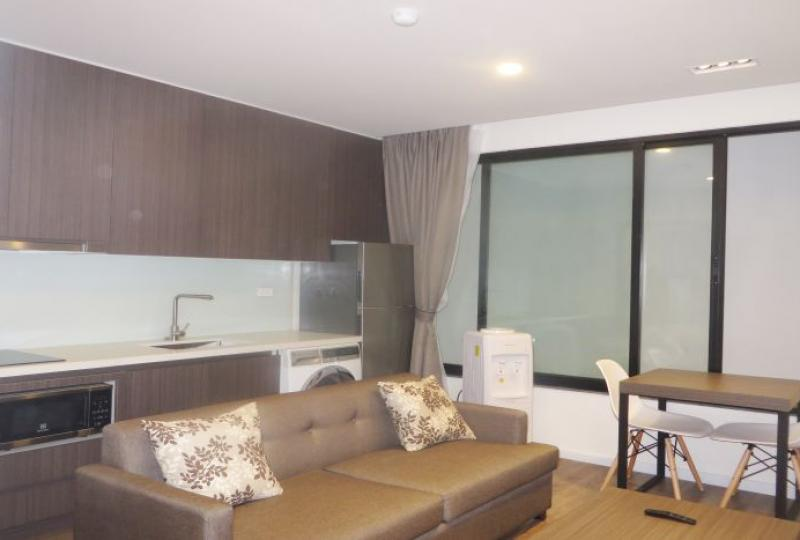 1 bedroom with 40 m2 apartment to let in Tay Ho