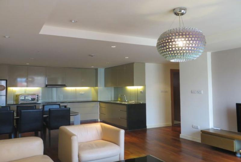 100m2 of 2 bedroom apartment for rent in Tay Ho, Westlake