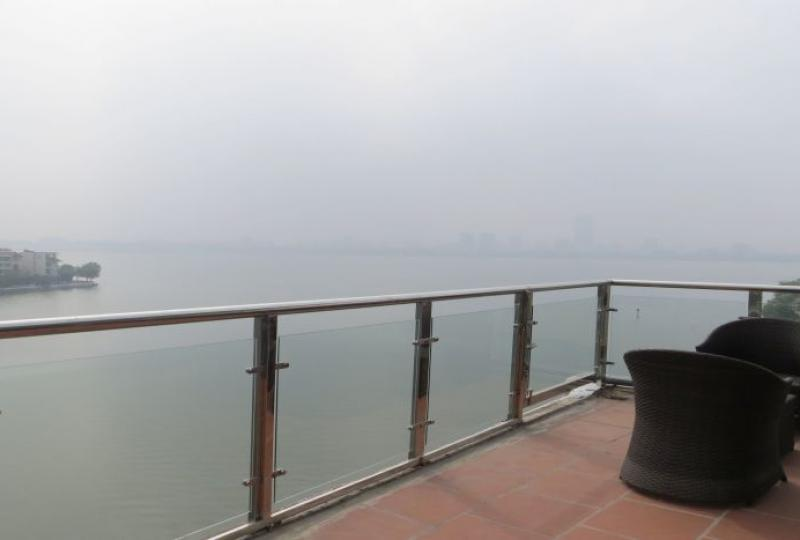 120m2 living space, 1 bedroom apartment to rent in Tay Ho