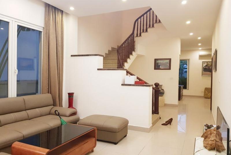 Vinhomes Long Bien 4 bedroom villa to rent, furnished Hanoi