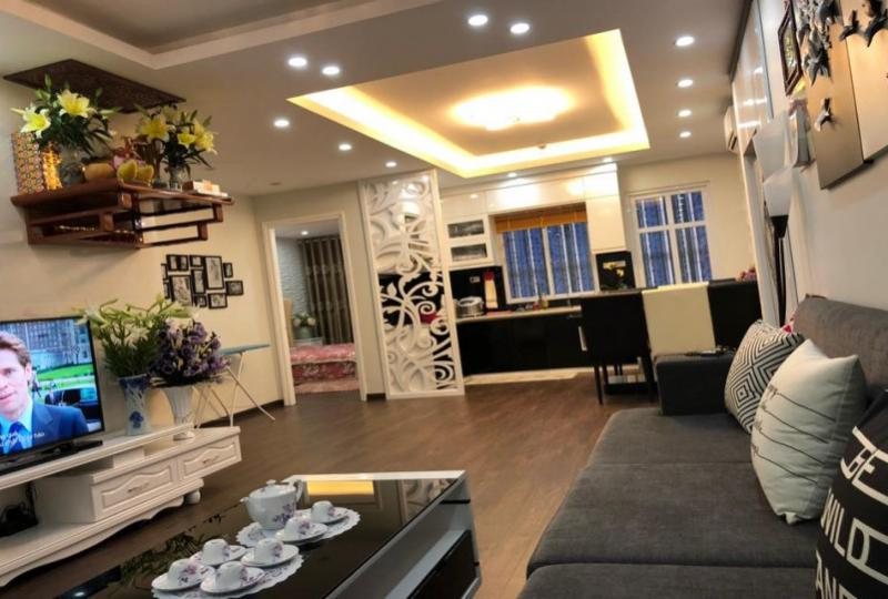 2 bedroom apartment in Thach Ban Long Bien nearby AEON mall