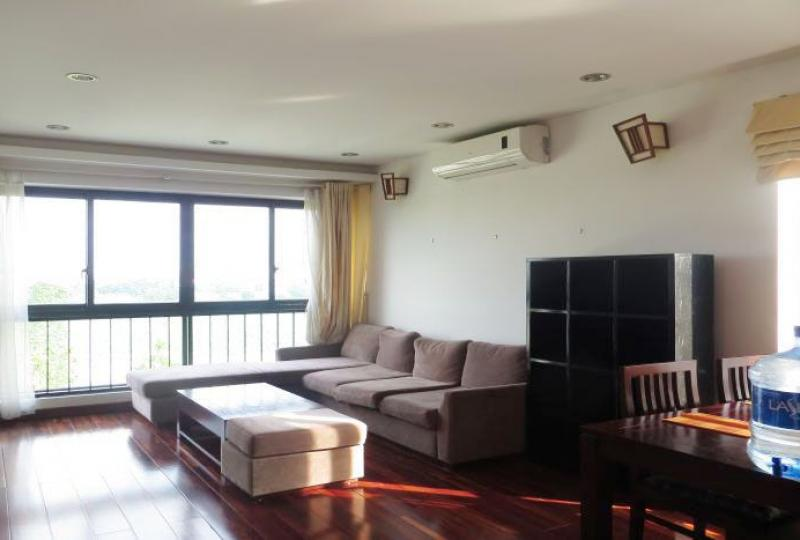 2 bedroom apartment over lake view in Tay Ho to rent