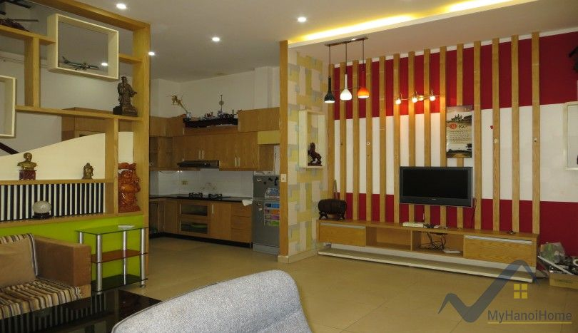 2 bedroom house for rent in Tay Ho Au Co street