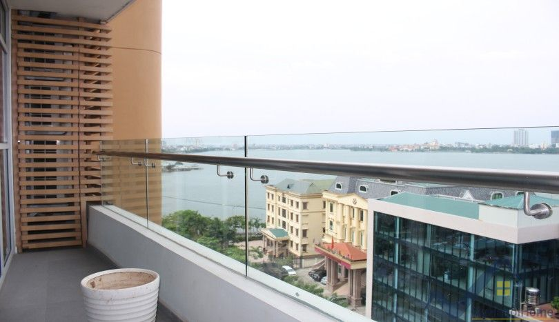 2 bedroom Watermark Hanoi apartment lake view and balcony to rent