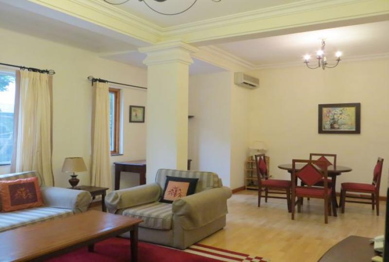 2 BEDS apartment in Hoan Kiem to rent, Hanoi center