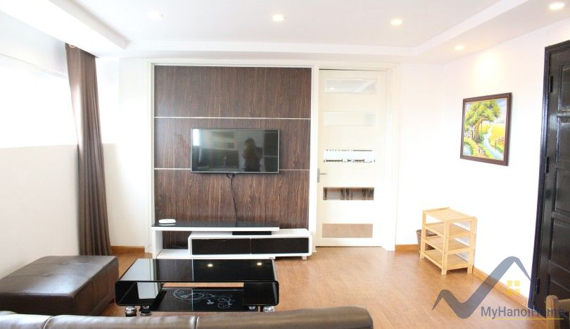 2 beds apartment to rent on Xuan Dieu, Tay Ho Westlake