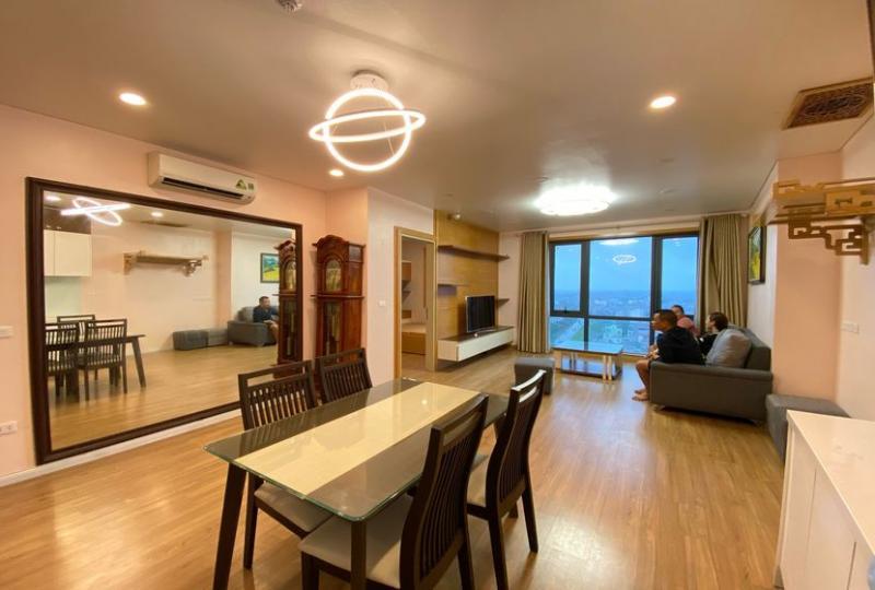 Apartment Mipec Riverside to rent with 2 bedrooms, 86 sqm