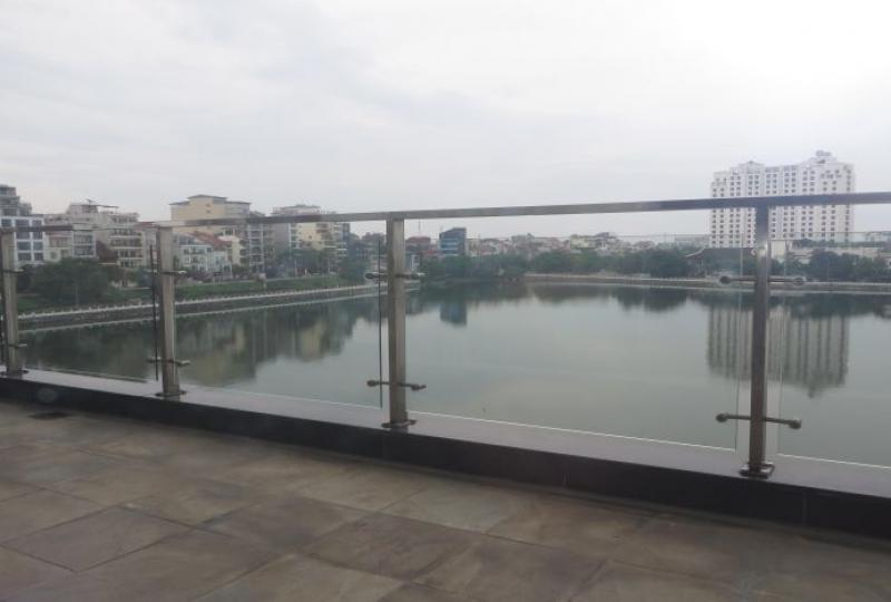 3 bedroom apartment for rent in Tay Ho, lake view, terrace