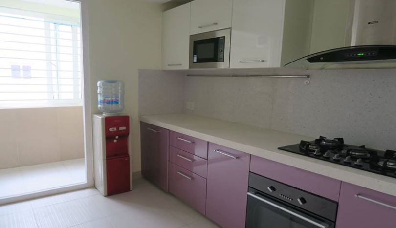 3 bedroom apartment in Ba Dinh for rent, Giang Vo street