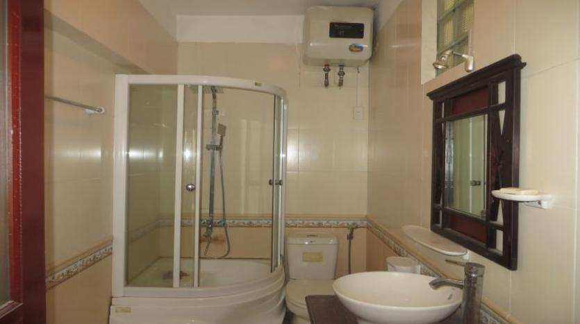 3-bedroom-house-for-rent-in-nghi-tam-village-with-unfurnished-tay-ho-12