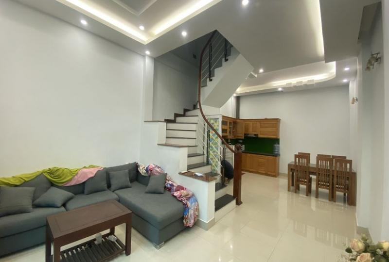 3 bedroom house for rent on Dang Thai Mai, 4 floors