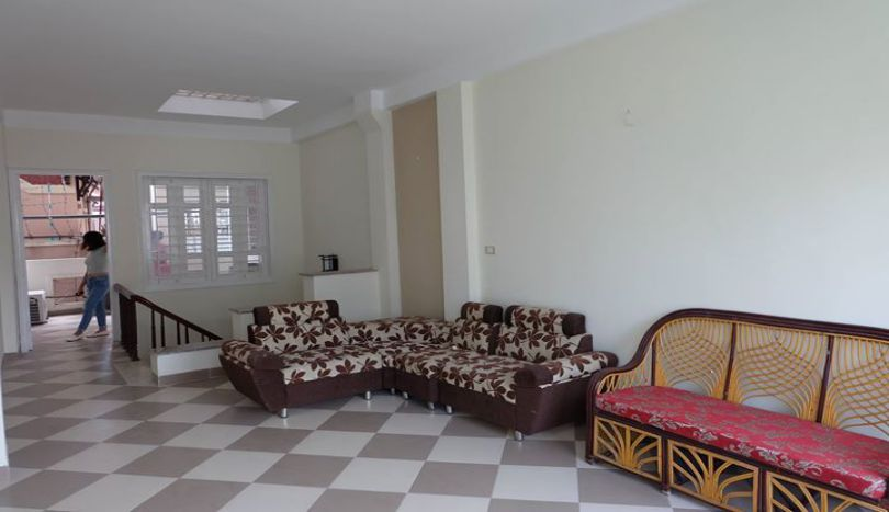 4 bedroom house, fully furnished in Ba Dinh to rent