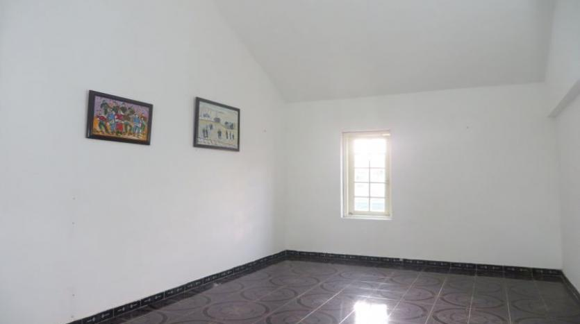 4-bedroom-house-rental-in-tay-ho-furnished-with-large-yard-19