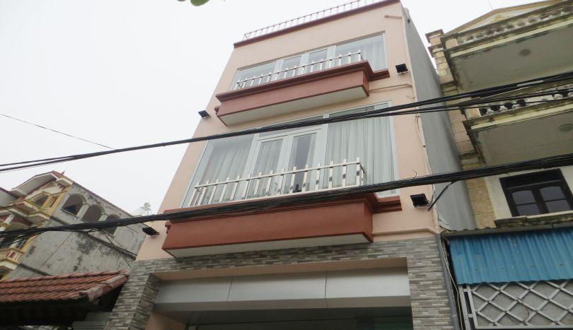 4 floor house for rent, 4 bedrooms near Nhat Tan bridge