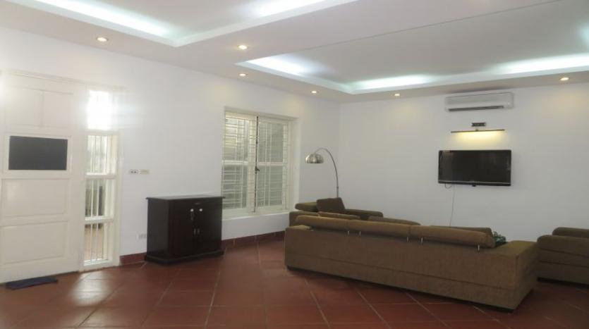 4bds-furnished-house-for-rent-in-tay-ho-quiet-alley-1