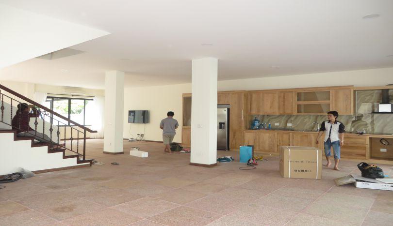 5 bedroom detached villa to rent in Ciputra, golf view