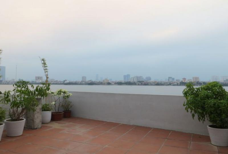 5 bedroom house to rent in Tay Ho, 5 baths
