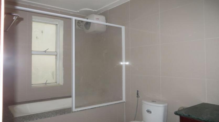 5-bedroom-semi-furnished-villa-to-let-on-to-ngoc-van-tay-ho-15