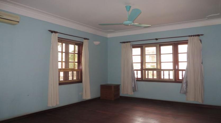5-bedroom-semi-furnished-villa-to-let-on-to-ngoc-van-tay-ho-16