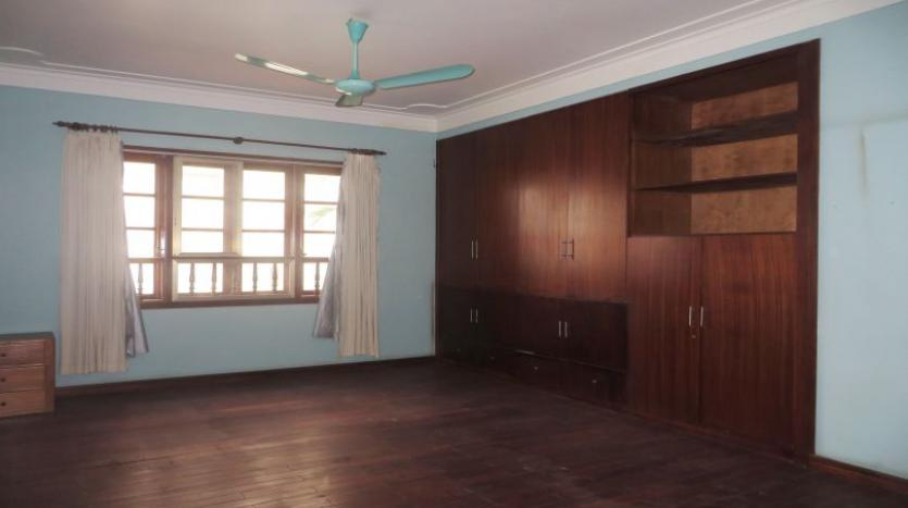 5-bedroom-semi-furnished-villa-to-let-on-to-ngoc-van-tay-ho-17