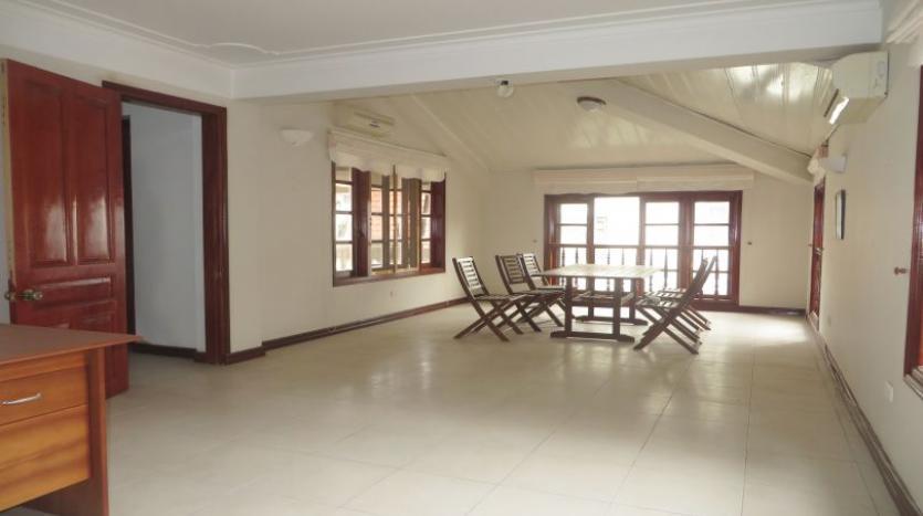 5-bedroom-semi-furnished-villa-to-let-on-to-ngoc-van-tay-ho-24