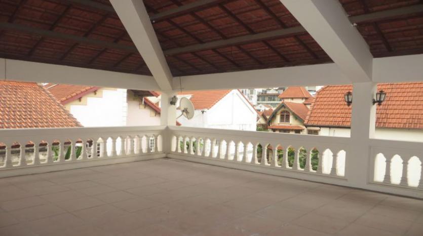5-bedroom-semi-furnished-villa-to-let-on-to-ngoc-van-tay-ho-27