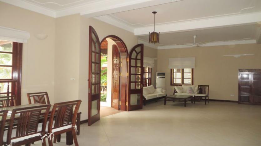 5-bedroom-semi-furnished-villa-to-let-on-to-ngoc-van-tay-ho-8