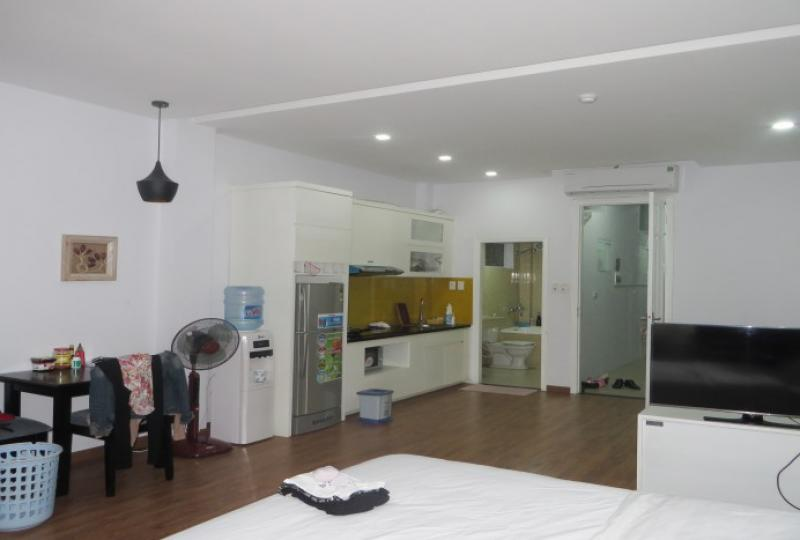 50m2 living space studio apartment in Cau Giay, Trung Kinh street