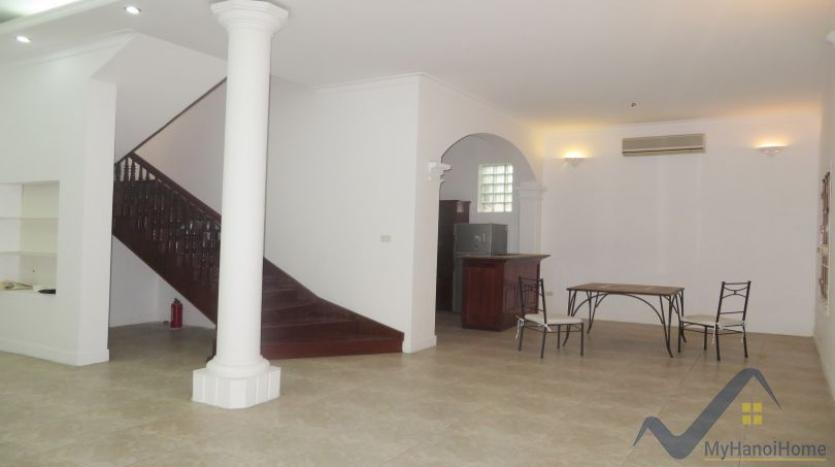 a-stunning-detached-house-to-rent-in-tay-ho-area-unfurnished-3
