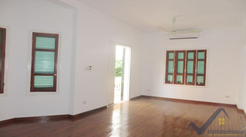 a-stunning-detached-house-to-rent-in-tay-ho-area-unfurnished-7