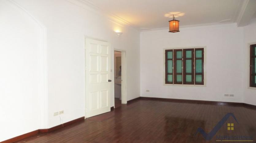 a-stunning-detached-house-to-rent-in-tay-ho-area-unfurnished-8