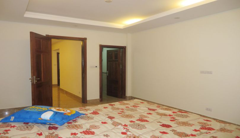 Amazing Lake View Terraced Apartment 1 Bedroom For Rent Tay Ho