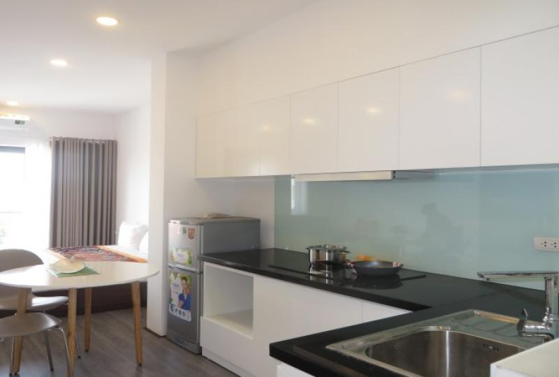 Apartment for rent in Tay Ho with 1 bedroom, 1 shower
