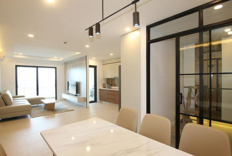 Apartment in Kosmo 3 bedrooms 2 bathrooms for rent