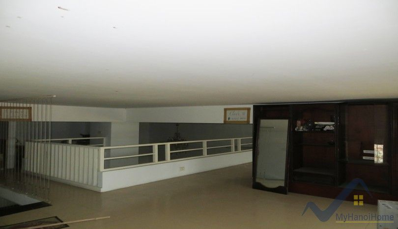 Apartment in Long Bien for rent with 2 bedrooms furnished