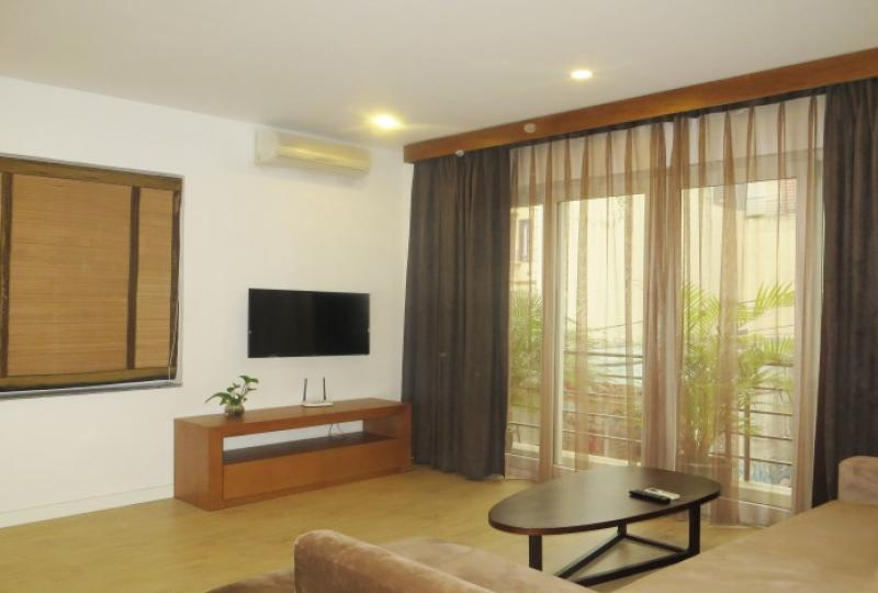 Apartment in Tay Ho for rent on To Ngoc Van street
