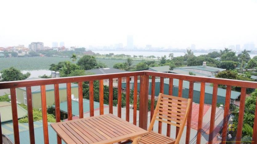 apartment-in-tay-ho-hanoi-03-beds-02-beds-lake-view-22