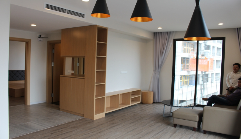 Apartment in Tay Ho street for rent, 01 beds services included