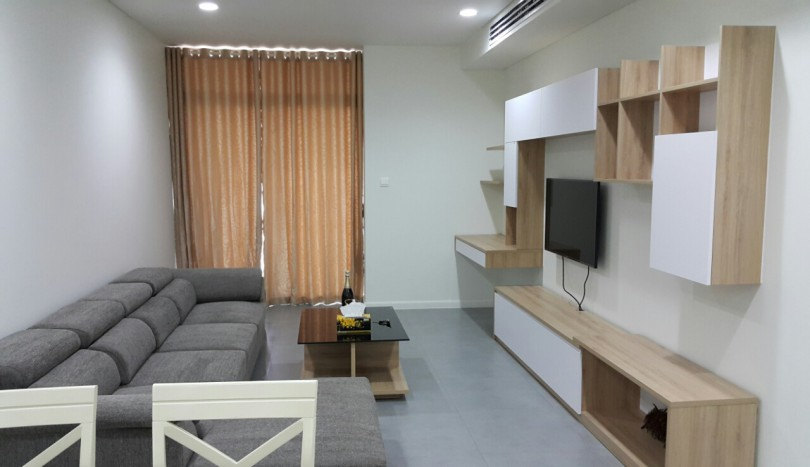 Balcony 2 bedrooms, 2 bathroom apartment in WaterMark for rent