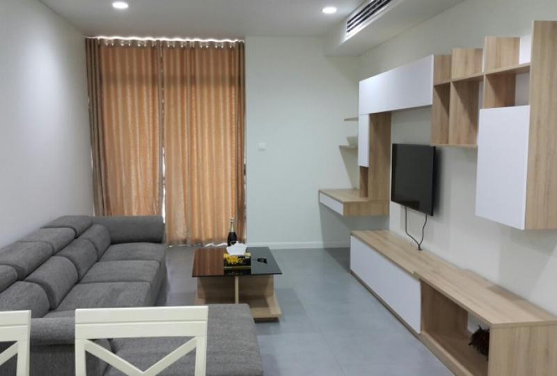 Balcony 2 bedrooms, 2 bathroom apartment in WaterMark for rent