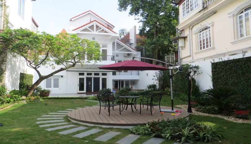 Beautiful large garden villa for rent in Tay Ho, Hanoi