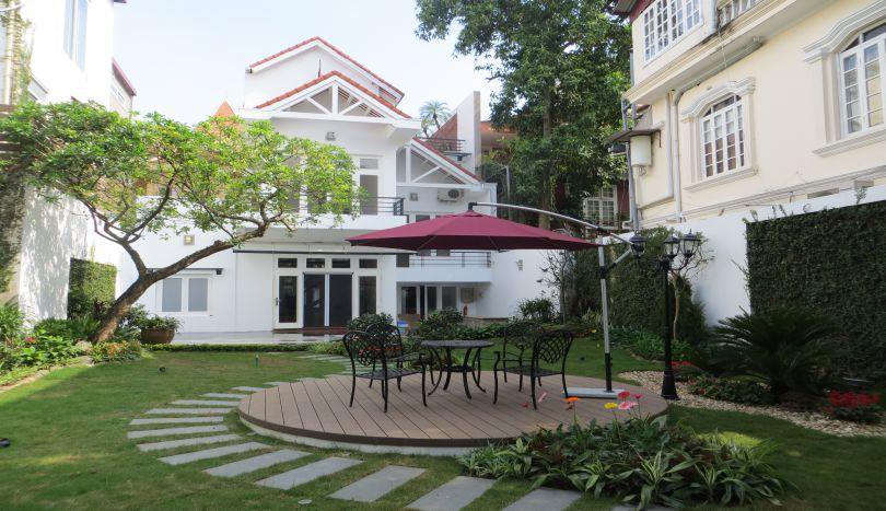Beautiful large garden villa for rent in Tay Ho, Hanoi