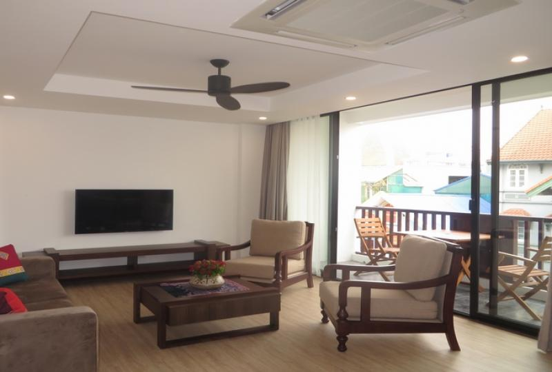 Brand new 3 bedroom apartment for rent on Xuan Dieu, Tay Ho