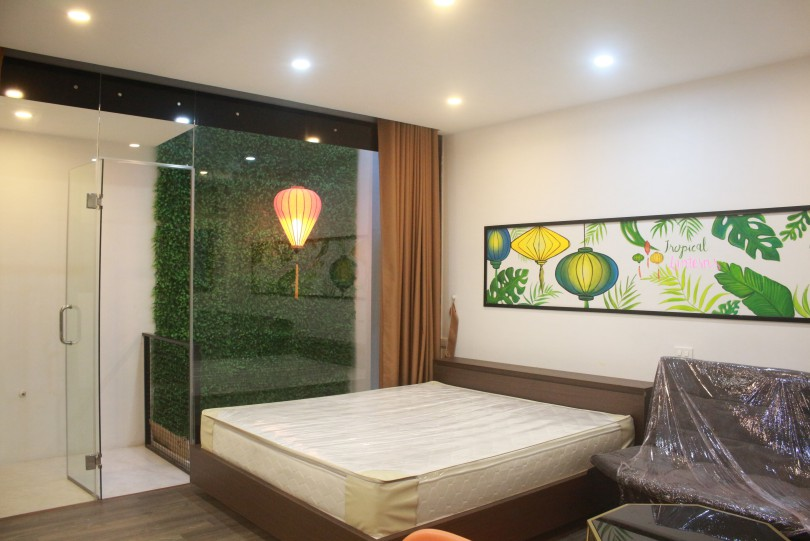 Brand new studio in Tay Ho on Lac Long Quan street