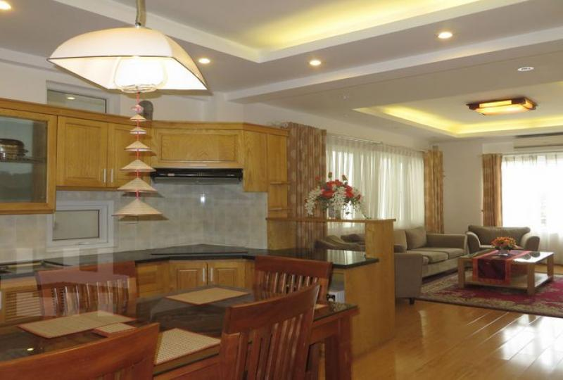 Bright 02 bedroom apartment for rent in Tay Ho, natural light