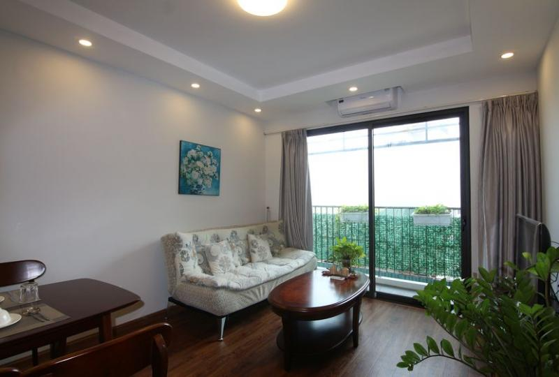 Bright 1 bedroom apartment rental in Yen Phu village, Tay Ho district